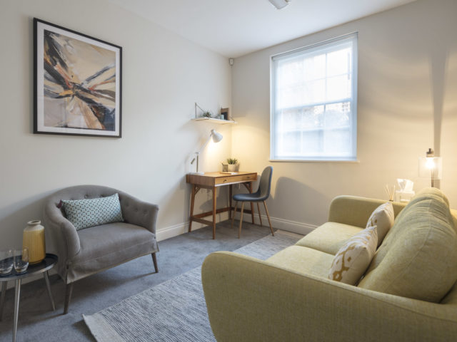 Affordable room to rent for therapy sessions