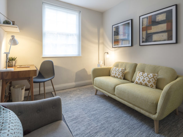 Counselling room for rent by hour