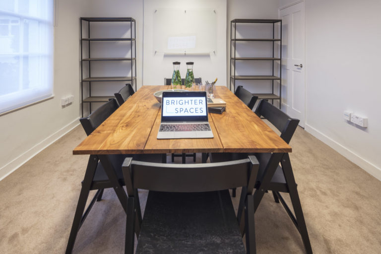 Group coaching room for rent with large table