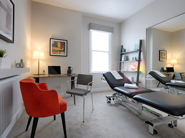 Treatment room ro rent in London, Islington