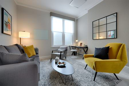 Designer and stylish therapy room to rent