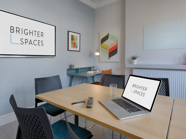Group therapy room to rent with Apple TV