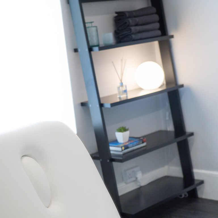 Massage room for hire by hour in London