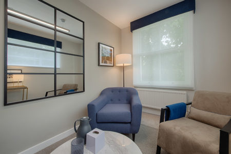 Therapy room for 1 to 1 sessions in London